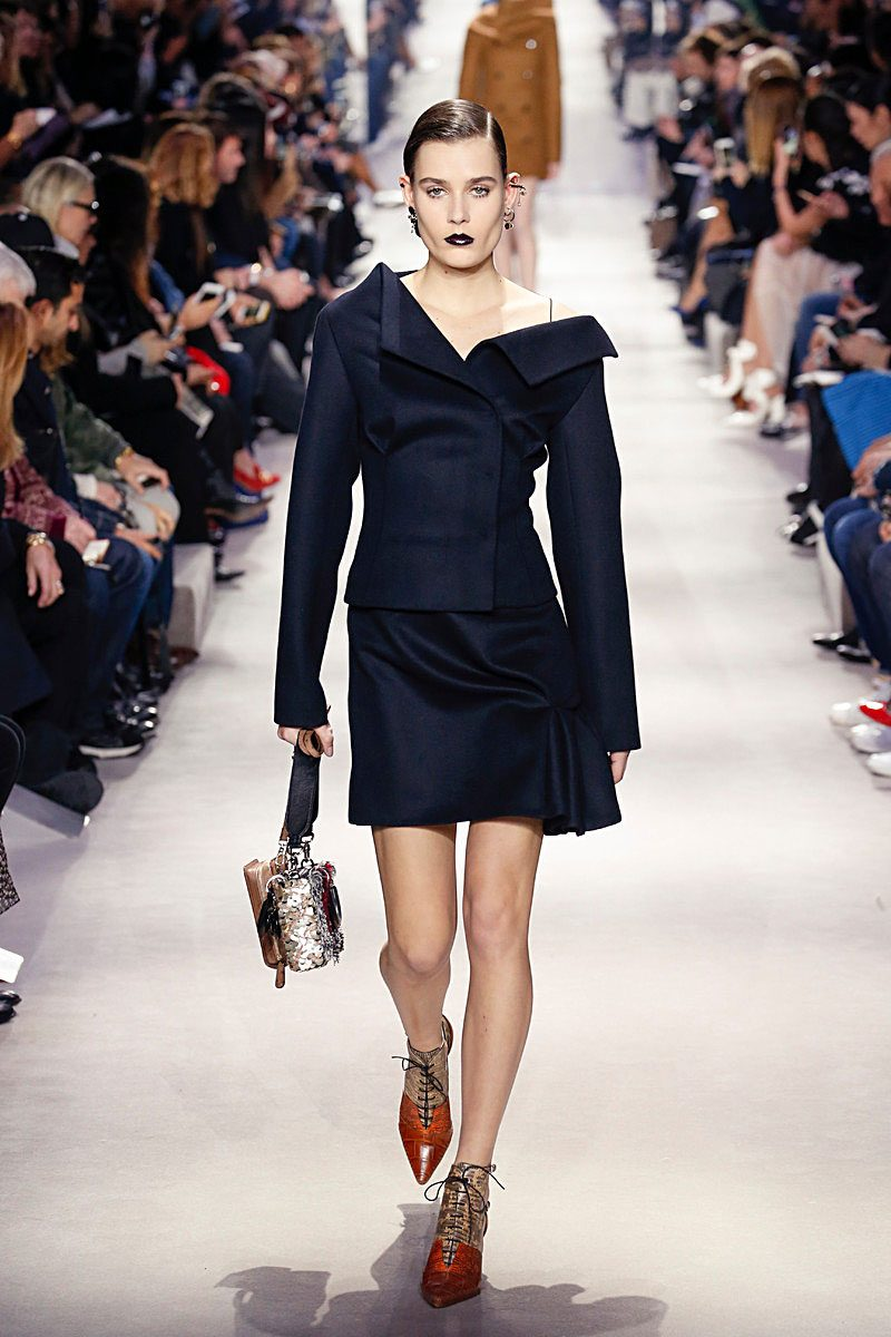 fall-fashion-2016-off-the-shoulder-trend-dior